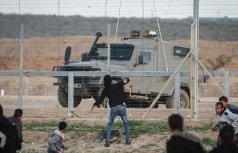 İsrail askerleri Gazze sınırında bir çocuğu şehit etti