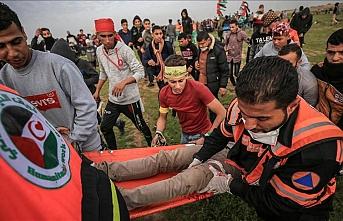 İsrail askerleri Gazze sınırında 32 Filistinliyi yaraladı