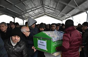 Kartal'daki çöken binadan çıkan ilk cenaze Gaziantep'te defnedildi