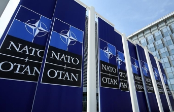 NATO, Rusya ve Çin'in 'yeni sınamalarına' hazır değil