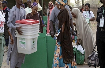 Nijerya'da halk sandık başında