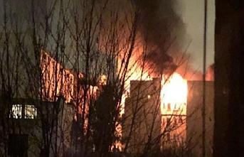 Paris yanıyor: 10 ölü