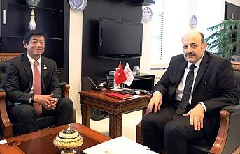 Saraç, Japonya'nın Ankara Büyükelçisi Miyajima ile görüştü