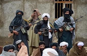 Taliban'a askeri baskı yapmaya devam