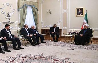Velid Muallim Ruhani ile temasta