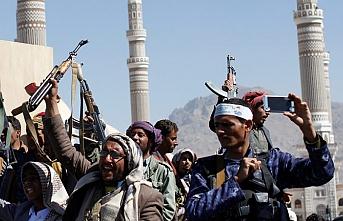 """Yemen'den ABD'ye """"Husileri terör örgütü olarak sınıflandırın"""" talebi"""
