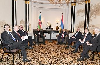 Aliyev ve Paşinyan Dağlık Karabağ için bir araya geldi