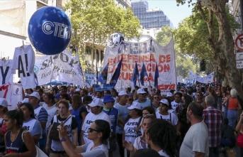 Arjantin'de öğretmenlerden hükümete protesto