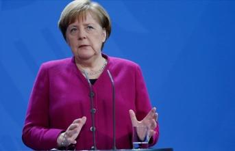 'Avrupa savunma politikası NATO'nun yerine geçmez'