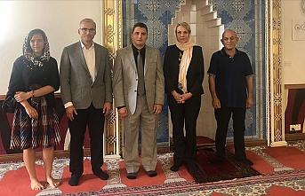 Avustralya'da ana muhalefet partisinden Türk camilerine ziyaret