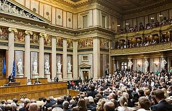 Avusturya mahkemesinden siyasetçileri kızdıracak karar