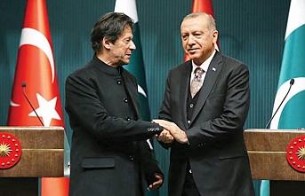 'Bizim iki liderimiz var: Biri Erdoğan diğeri Mahathir'