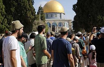 Dün açılan Aksa'ya 240 fanatik Yahudi'den baskın
