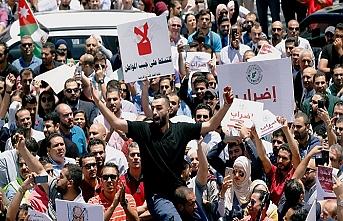 İran'dan körfez ülkelerine ayaklanma tehdidi