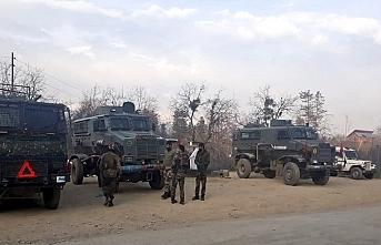 Keşmir'de bölge kordona alındı, 3 Hizb'ul Mücahidin üyesi öldürüldü