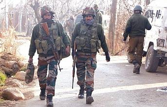 Keşmir'de gerilim 2 asker öldü