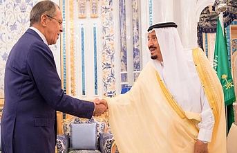Kral Selman Lavrov'u kabul etti