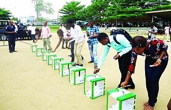 Nijerya'da halk yine sandık başında