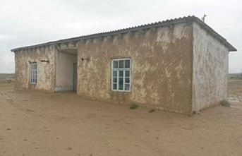 Özbekistan'daki okulların dörtte birinde içme suyu yok
