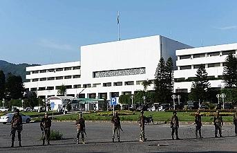 Pakistan meclisinden Hindistan'a diyalog çağrısı