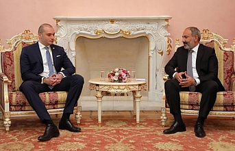 Paşinyan, Gürcü mevkidaşıyla gayri resmi olarak biraraya geldi