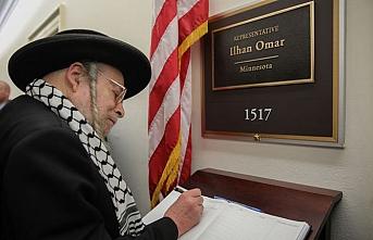 Siyonizmden dertli Yahudiler Ilhan Omar'ın kapısını çaldı