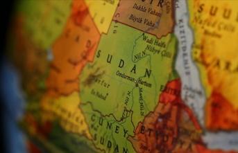 Sudan'da yeni hükümet yemin etti