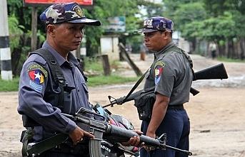 AB Myanmar'a silah ve yetkili yaptırımları uzattı