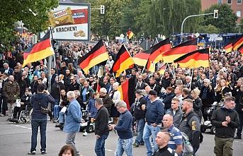 Almanya'da aşırı sağcılar iç savaş senaryosuna mı hazırlanıyor?