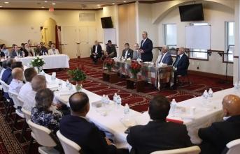 Çavuşoğlu, Miami'de Müslüman toplumun önde gelen isimleriyle görüştü