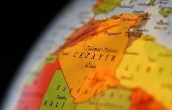 Cezayir Genelkurmay Başkanı'nın konuşma yapması bekleniyor