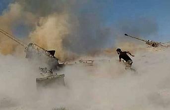 Esed rejimi İdlib'de pazar yerine saldırdı