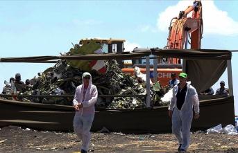 Etiyopya uçağının 925 kilometre hızla yere çakıldığı tespit edildi
