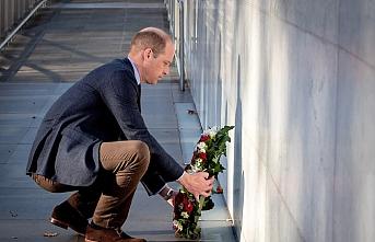 İngiltere tahtının ikinci varisi Prens William'dan Nur Camisi'ne ziyaret