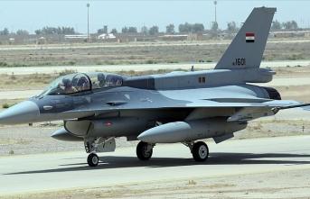 Irak ABD'den altı F-16 savaş uçağı aldı