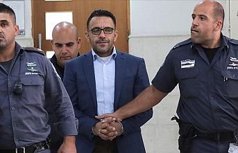 İşgalci İsrail güçleri Kudüs Valisini gözaltına aldı