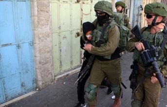 İsrail 1967'den bu yana bir milyon Filistinliyi gözaltına aldı
