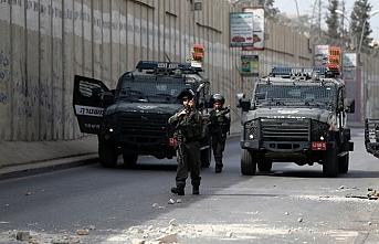 İsrail güçleri Hamas yöneticisini gözaltına aldı