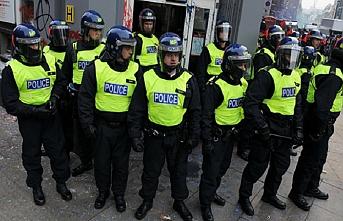 PKK yandaşlarına Londra polisi müdahalesi
