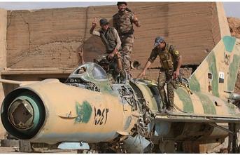 YPG/PKK Esed rejimine ait uçak hurdalarını Irak'a taşıyor