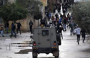 14 Filistinli gözaltına alındı