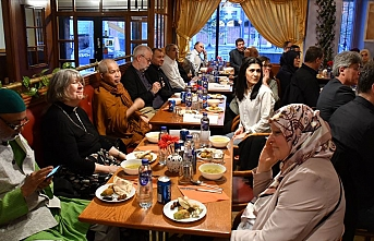 İsveç'te Müslümanlar ve Hristiyanlar iftarda buluştu