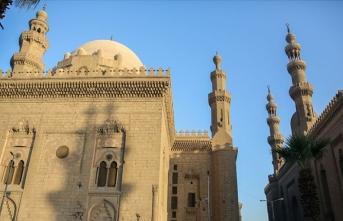 Mısır'da 516 caminin ismi değiştirildi