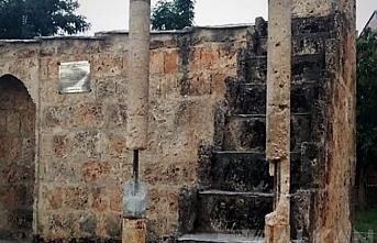 Prizren'de Namazgah Camii'ne vandallar saldırdı
