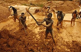 'Sudan'da çıkartılan altının yüzde 70'i Mısır'a kaçırılıyor'