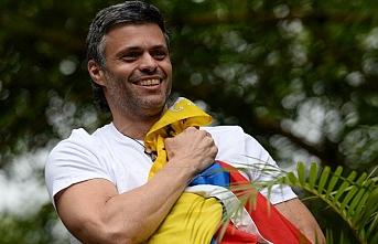 Venezuela'da muhalif lider İspanya Büyükelçiliği'ne sığındı