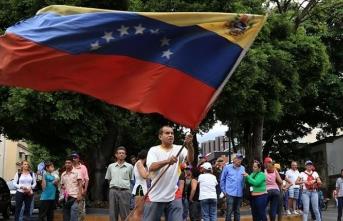 ABD'ye 'Venezuela'daki siyasi başarısızlığını kabul etme' çağrısı