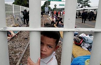 ABD Meksika'ya uygulayacağı yasa dışı göçmen vergisinden vazgeçti