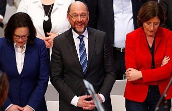Almanya'da Sosyal Demokratlar karıştı