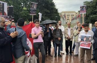 BM önünde 'Muhammed Mursi' gösterisi